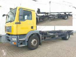 Camion porte containers MAN TGM 18.280 4x2 LL 18.280 4x2 LL. bis 7.45 m, hydr. Hubrahmen