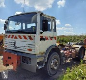 Camion plateau Renault Gamme G 230
