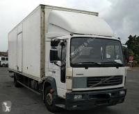Camion furgon izolat Volvo FL6