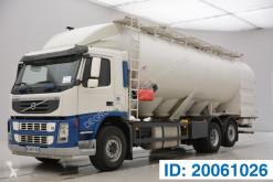 Camión Volvo FM 400 cisterna usado