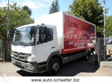camion fourgon Mercedes