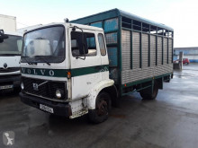 Volvo F408 truck used cattle