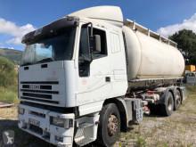Camião cisterna pulverulente Iveco Stralis 410