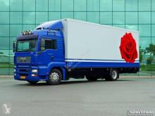 MAN hűtőkocsi teherautó