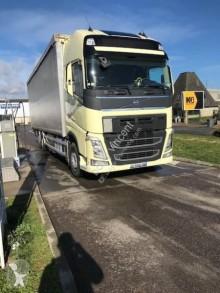 Camion rideaux coulissants (plsc) Volvo FH 460 Globetrotter