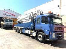 Camion Volvo FM12 420 pompe à béton occasion