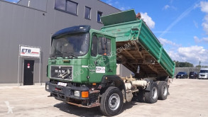 MAN 24.332 (BIG AXLE / FULL STEEL SUSPENSION / 6 CYLINDER WITH MANUAL PUMP) truck