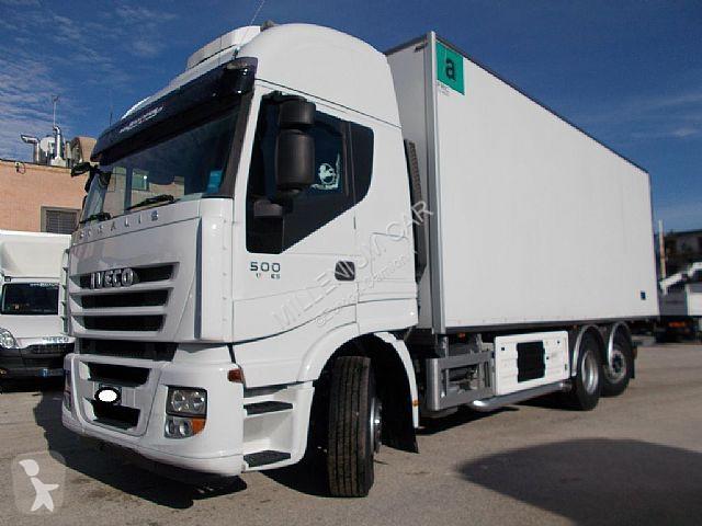 Voir les photos Camion Iveco Stralis Iveco - STRALIS 500 CELLA 7.40 FRIGO E PEDANA EURO 5 - FRIGO
