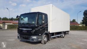 camion fourgon MAN
