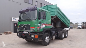 MAN 26.402 (FULL STEEL SUSPENSION / 6 CYLINDER WITH MANUAL PUMP) truck