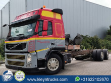 Camion châssis Volvo FM13