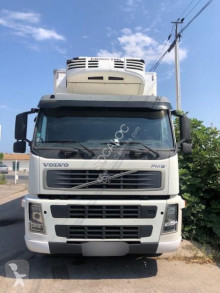 Volvo mono temperature refrigerated truck FM 380