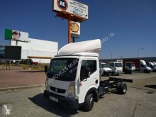 Renault Maxity 140 DXi truck used chassis