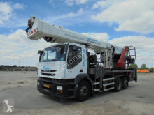 Camion nacelle Iveco Stralis 360