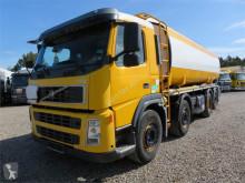 camión Volvo FM9-340 8x2*6 Euro 3 25.500 l. ADR