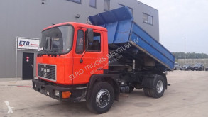 camion MAN 18.272 (STEEL SUSPENSION / 6 CYLINDER ENGINE WITH MANUAL PUMP)