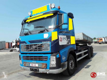 Camion transport containere Volvo FH16