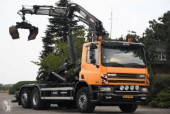 Camión Gancho portacontenedor usado DAF CF75