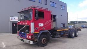 Camión Volvo F10 caja abierta usado