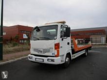 Camión de asistencia en ctra Nissan Atleon 80.19