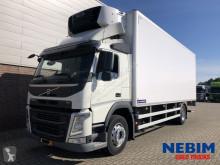 Ciężarówka chłodnia z regulowaną temperaturą Volvo FM 330