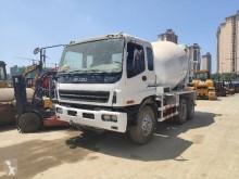 Used concrete mixer truck Isuzu CYZ 51K