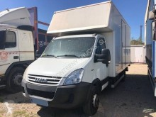 Camion fourgon déménagement occasion Iveco Daily 65C18