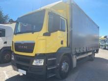 Camión lonas deslizantes (PLFD) usado MAN TGM 18.320