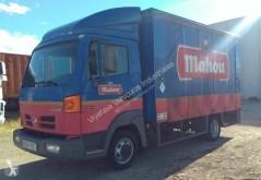 Camión Nissan Atleon 110.35 lonas deslizantes (PLFD) usado