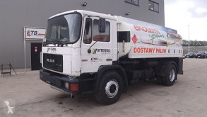 Camion citerne MAN 18.192 (6 CYLINDER WITH MANUAL PUMP / 13.350 L / 2 COMPARTMENTS)