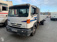 Camion Nissan Atleon 165 plateau standard occasion