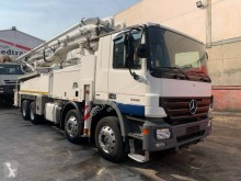 Mercedes Actros 3341 truck used concrete pump truck