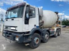 Camion béton toupie / Malaxeur Iveco Eurotrakker 340E34 8x4