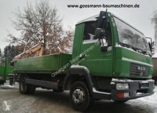 Camion benne occasion MAN LE180C mit Humbaur HT506124 und Ladekran MKG HLK45