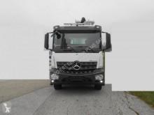 Camion Mercedes Arocs 2640 pompe à béton occasion