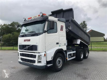 Camion Volvo FH520 6X4 RETARDER HUBREDUCTION FULL STEEL MULDEN EURO 4 ribaltabile usato