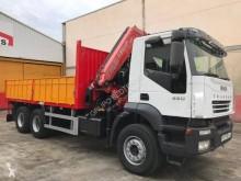 Camión Iveco Trakker 350 caja abierta usado