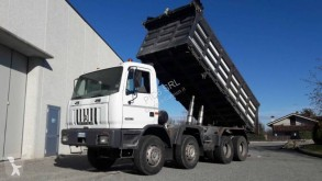 Camion tri-benne Astra HD7 84.38