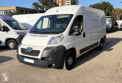 Camion fourgon occasion Peugeot Boxer 2,2L HDI 130 CV