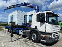 Porta máquinas Scania P 380 usada