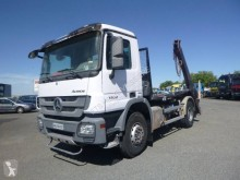 Camion multibenne Mercedes Actros 1832