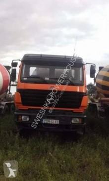 Mercedes 3234 truck used concrete mixer