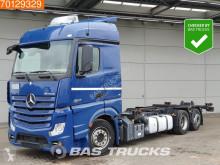 Camión BDF Mercedes Actros 2542