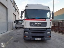 Used container truck MAN TGA 26.390