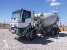 Camion béton toupie / Malaxeur Iveco Eurotrakker