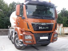Used concrete truck MAN