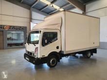 Камион Nissan NT 400 фургон за пренасяне на покъщнина втора употреба