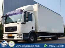 Camião MAN TGL 12.220 furgão usado