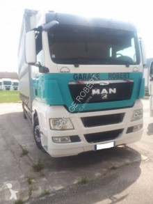MAN tautliner truck TGX 18.440