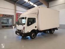 Camion Nissan NT 400 fourgon déménagement occasion